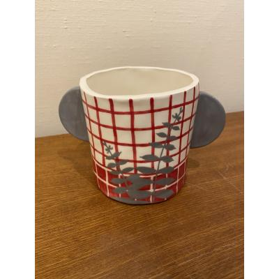 Red Grid Pot